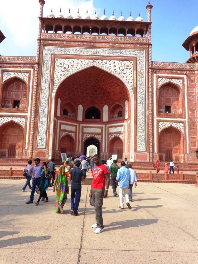Pauli in India Majestic Entrance to the Taj Mahal! #TajMahal #dreamtrips #indiatourism