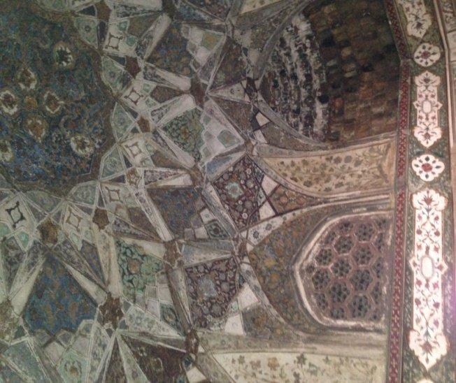 Pauli in India – Part 2 – Tour of Other Mughal era Monuments in Agra!